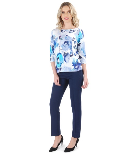 Casual outfit with elastic fabric pants and blouse with floral print