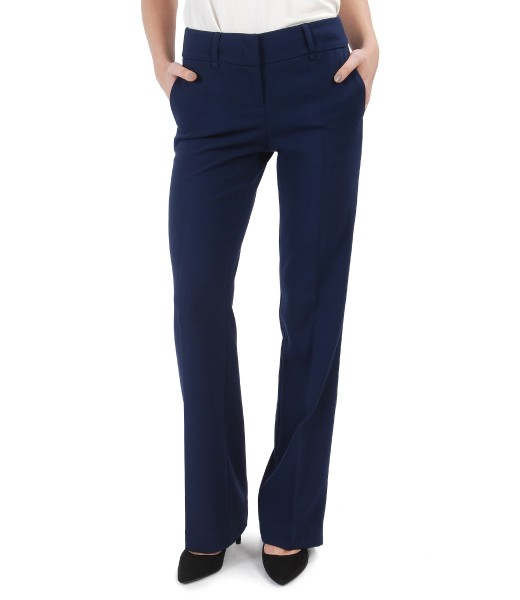 Straight pants made of elastic fabric