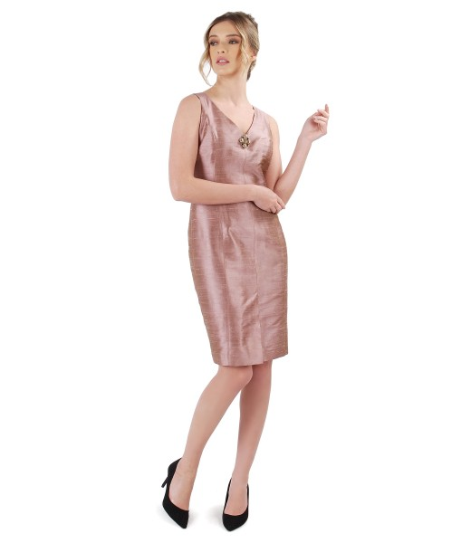 Taffeta dress with accessory brooch on decolletage