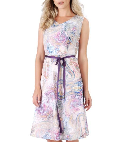 Elegant dress made of printed cotton