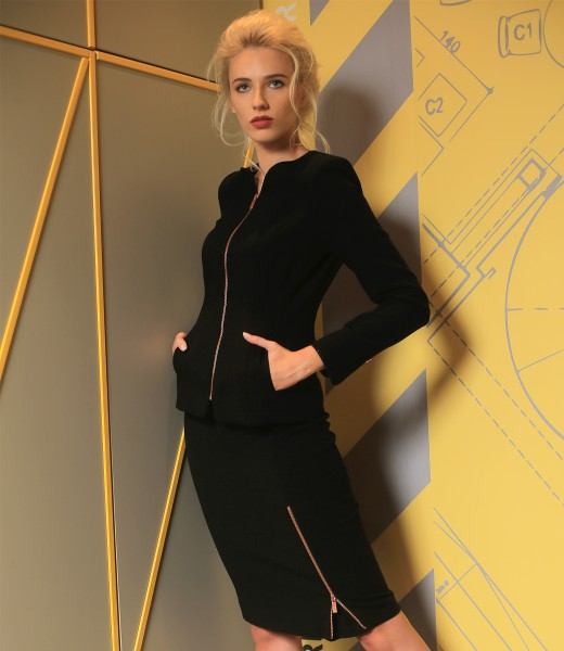 Jacket and skirt made of elastic fabric with a zipper on the front