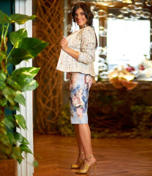 Elegant outfit with loops jacket with sequins and floral motifs dress