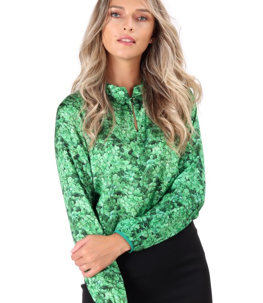 Satin blouse printed with floral motifs
