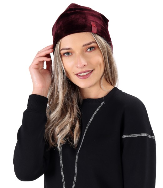 Padded hat made of soft elastic velvet