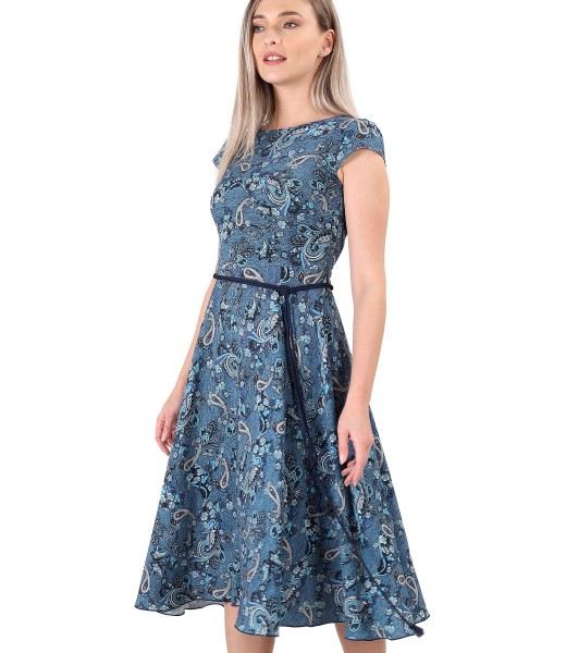 Elegant viscose dress printed with paisley motifs