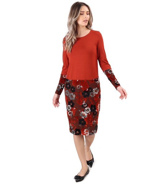 Midi dress made of elastic jersey and brocade velvet with floral motifs