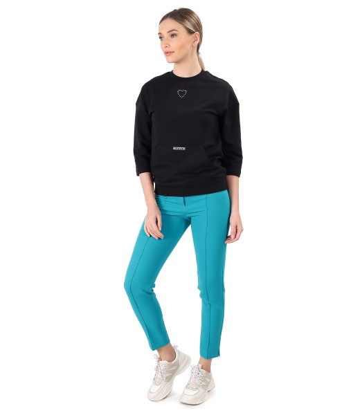 Smart/casual outfit with pants and sweatshirt