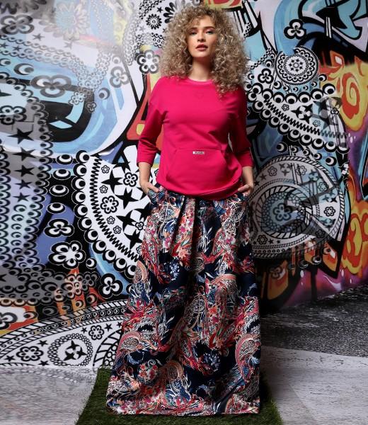Long skirt made of printed satin Duchesse with sweatshirt