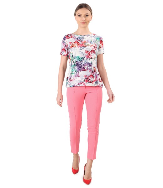 Elegant outfit with ankle pants and jersey blouse with viscose and linen