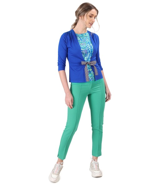 Casual outfit with pants and jersey blouse with cord