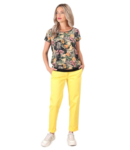 Textured cotton pants with floral print blouse