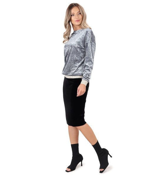 Occasion outfit with elastic velvet skirt and blouse